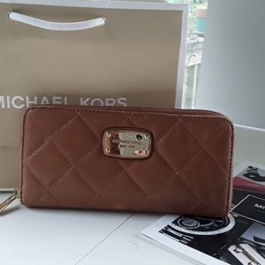 MICHAEL KORS AUTHENTIC LEATHER WALLETMULTIPOCKETS
